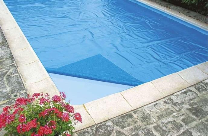 Bâche à bulle sur mesure solaire pour piscine hors-sol ou autre plusieurs dimensions, rectangulaire, rond, carré, ou ovale pour garder chaleur soleil top3