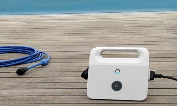 Robot piscine DOLPHIN Maytronics e20 commande